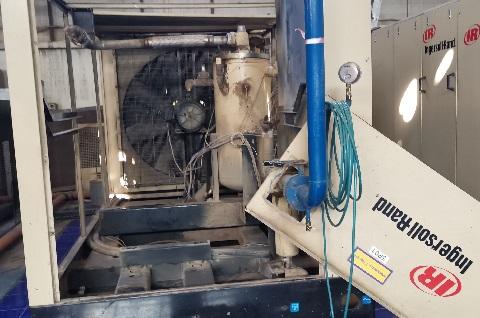 Капитальный ремонт винтового компрессора SSR ML200-SS 2005