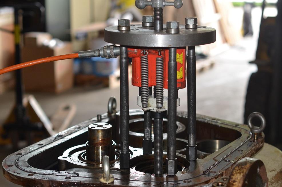 Капитальный ремонт винтового компрессора SSR ML200-2S 2006
